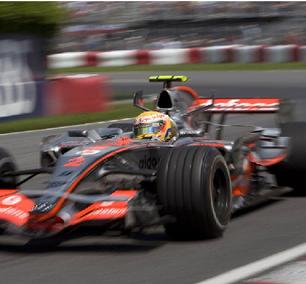 Da estreia até a primeira vitória na F1, a luta de Hamilton