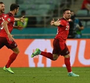 Com chuva de golaços, Suíça vence a Turquia pela Eurocopa
