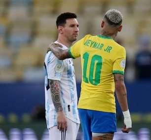 Brasil e Argentina infantilizam rivalidade no futebol