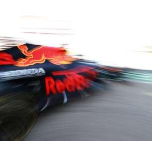 """Verstappen abafa """"sensacionalismo da mídia"""" e foca em manter liderança da Fórmula 1"""