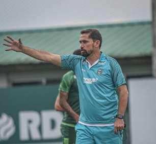Morínigo cita a dificuldade do Coritiba no empate contra o Brusque