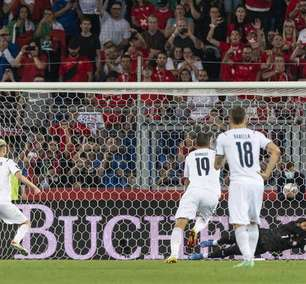 Jorginho perde pênalti e Itália empata com Suíça