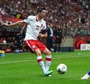 Polônia faz no fim e empata com Inglaterra nas Eliminatórias