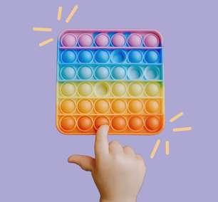8 brincadeiras espertinhas usando o Push Pop it, o brinquedo da vez