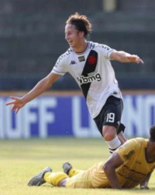 Marcelo Cabo analisa preparação do Vasco para a Série B e afirma ter encontrado seu meio de campo ideal