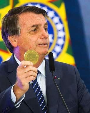 Bolsonaro publica portaria que deve elevar seus rendimentos