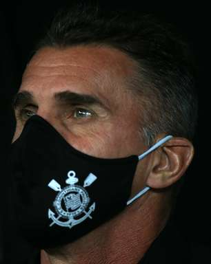 "Mancini foge de polêmica: ""Corinthians vive de vitórias"""