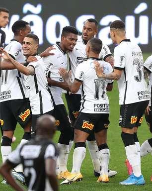 Corinthians goleia, vence 3ª seguida e é 1º semifinalista