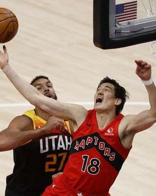Vexame de jogador japonês na NBA atrai elogios em seu país