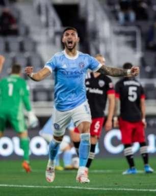 Após acertar com Palmeiras, argentino renova com time dos EUA