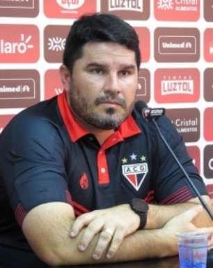 Sem vencer há 5 jogos, Atlético-GO demite Eduardo Barroca