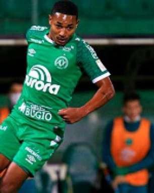 Em jogo truncado, Chapecoense e Ceará não saem do zero