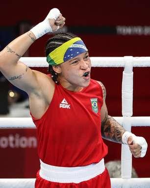 Bia Ferreira vence nas quartas e garante medalha no boxe