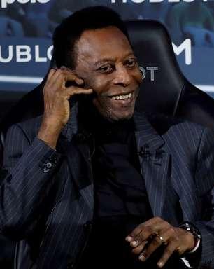 Pelé tem piora e volta para a UTI, diz TV