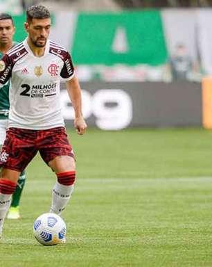 Flamengo confirma que Arrascaeta sofreu estiramento na coxa