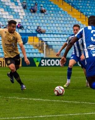 Alessandro vibra com gol contra Avai e projeta próxima rodada da Copa SC
