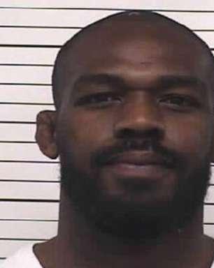 Astro do MMA, Jon Jones é preso mais uma vez nos EUA