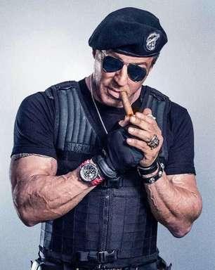 """Sylvester Stallone termina filmagens e anuncia despedida da franquia """"Mercenários"""""""
