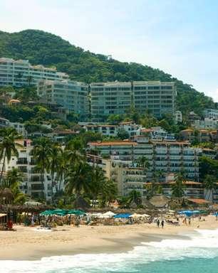 Conheça a praia exclusiva que foi cenário romântico de Bispo no México