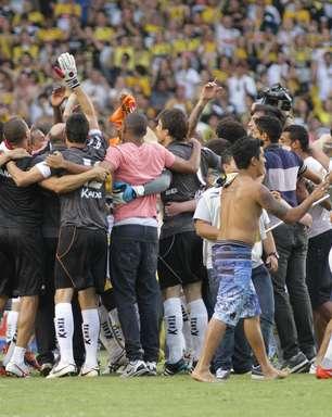 Guará sela arrancada com vitória sobre Barueri e permanência na Série B