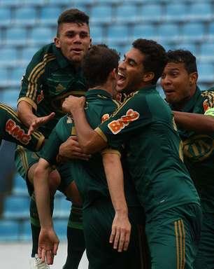 Palmeiras perde gols, mas vence Barueri e avança na Copa SP