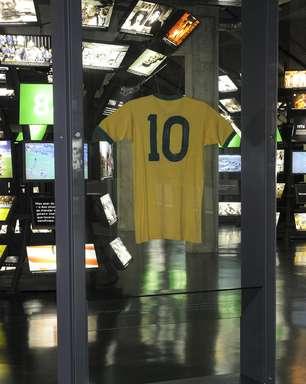 Museu do Futebol, em SP, guarda a mítica camisa 10 de Pelé