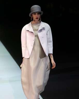 Emporio Armani apresenta coleção minimalista em Milão