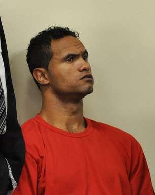 Goleiro Bruno volta a trabalhar e começa a estudar na prisão em MG