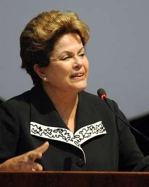 Cerca de 30 governantes de todo mundo participam de funeral de Chávez