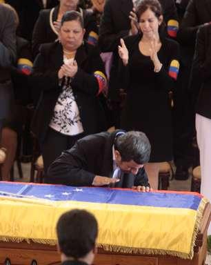 Chávez é um plano para salvar a humanidade, diz Ahmadinejad