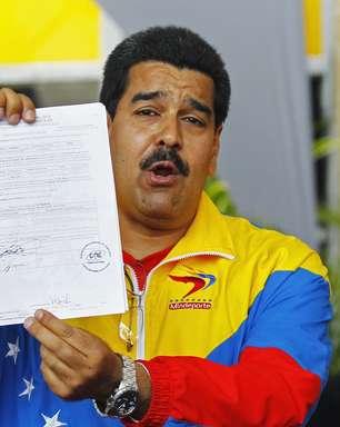 Venezuela investigará acusação de câncer por envenenamento de Chávez