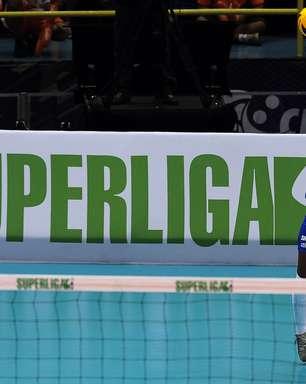"""Bernardinho vê Fofão como """"equilíbrio"""" e promete conversa por 2014"""