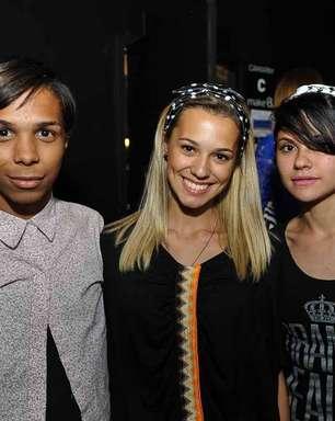 Jovens talentos ajudam em make e cabelos no Fashion Rio
