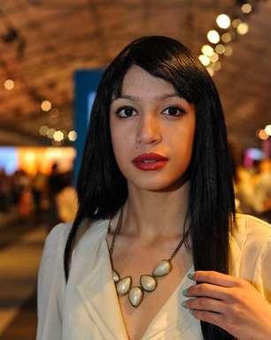 No Fashion Rio, visitantes mostram unhas multicoloridas