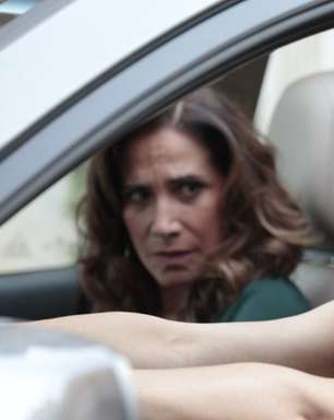 "'Salve Jorge': na prisão, Wanda tenta convencer Lívia a ""aceitar Jesus"""