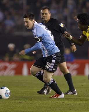 Em jogo tenso, líder Argentina empata com Colômbia; veja rodada
