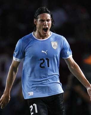 Com golaço de Cavani, Uruguai bate Venezuela e respira nas Eliminatórias