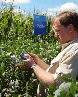 Com aplicativos, smartphone vira ferramenta do agronegócio