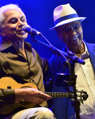 Paulinho da Viola canta com a Velha Guarda da Portela em BH