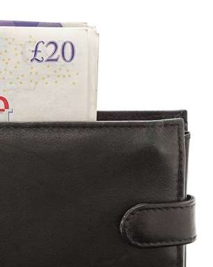 Dólar e euro representam 90% das remessas internacionais