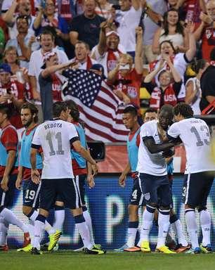 EUA complicam México e vão à Copa; Costa Rica também se classifica