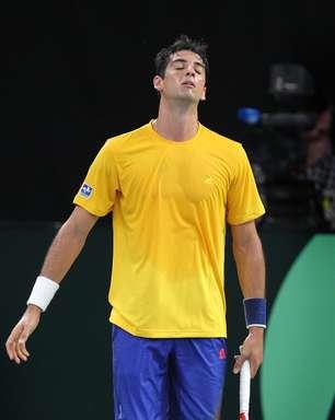 Com muitas dores, Bellucci vai jogar no sacrifício na Copa Davis