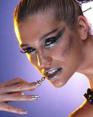 Usada por Beyoncé e Rihanna, película para unha faz sucesso entre famosas
