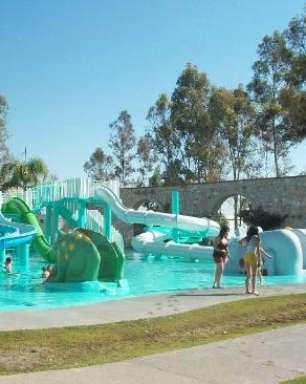 Parque aquático de Aguascalientes tem tobogã de 96 metros