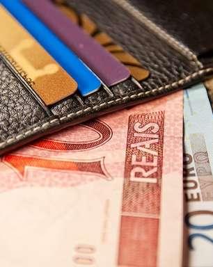 Bancos barram serviço de conversão imediata em reais