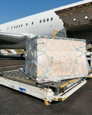 Barbados pede voo direto ao Brasil para transporte de cargas