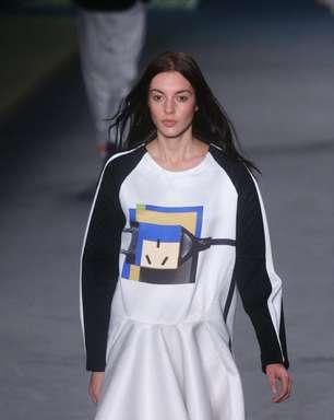 Com tomadas e chaves, Espaço Fashion transforma casa em roupas