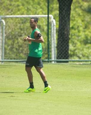 Besiktas vem ao Brasil decidido a contratar Ronaldinho