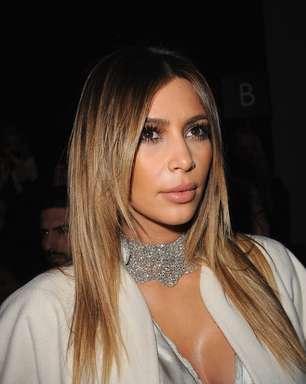 Kim Kardashian e Lily Allen prestigiam semana de alta-costura em Paris