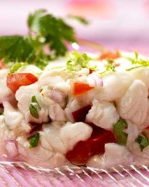 Com ingredientes frescos, ceviche é opção leve para o verão